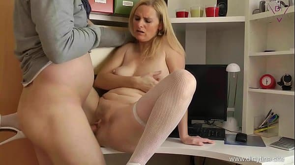 Mom want to have Fun at Home